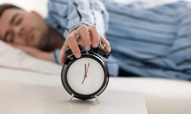 Comment limiter les retards au travail avec une pointeuse ?
